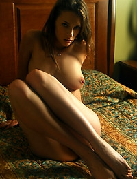 Vika AC Vika AC Concubina Nice-looking cutie just relaxing on the bed, enjoying her days off.