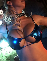 Sexy Robots & Cyborgs at HORRORBABE.COM